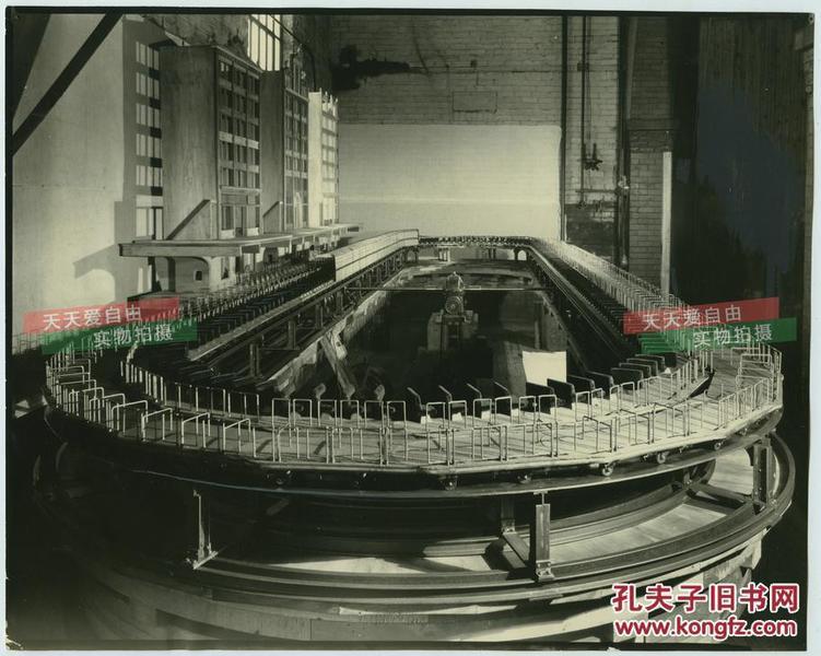 1929年赫尔曼泰勒设计的颇具超前意识的公共交通运输换乘系统模型老照片