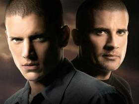 Prison Break Season 2 越狱第2季/破茧狂龙 盒装 (DVD 10张 + 特别篇:最后一越DVD 1张)