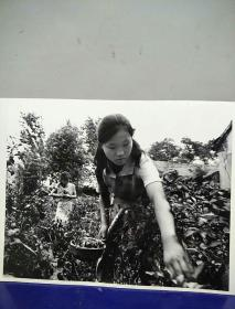 17沂蒙山区孤儿调查原创黑白照。大尺寸。作者。中国摄影协会会员。王守卫