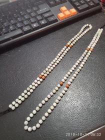 翡翠项链,配珠双色,精致圆润匀称翡翠珠,水头好。