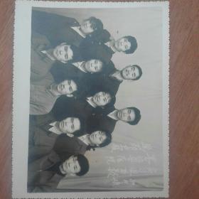1980年思茅卫校墨江县医院实习组留影