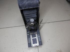 民国二战时期美国产金属机械古董风箱式老相机一部  柯达相机