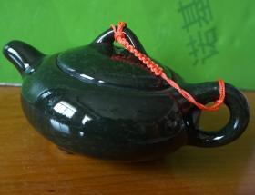 小茶壶高6厘米 腹径9厘米 原物拍照品相如图6j