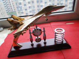 战斗机文具架