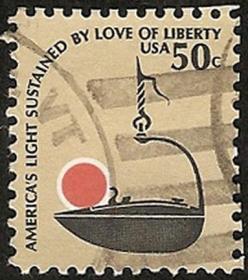 美国1979年发行,50美分十八世纪【手提或悬挂铁油灯碗-灯球几近飘出碗外】小变体,好信销邮票,不缺齿、无揭薄