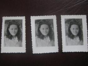 美女照片3张合售