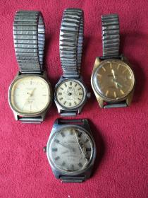 自己家的四块老手表一起出,具体品牌我也记不住了,详情看图!都不能正常使用,需要去手表店维修哦.