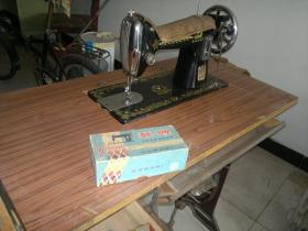 燕牌缝纫机