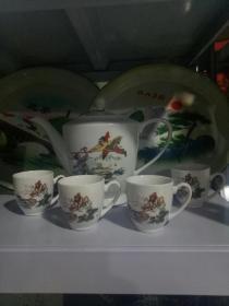 孙悟空三打白骨精,茶壶一只,茶杯四只,无残,图案精美,合售600元