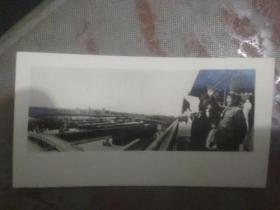 毛主席 刘少奇在天安门上的原版照片
