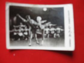革命现代芭蕾舞剧白毛女剧照1张 上海舞蹈学校