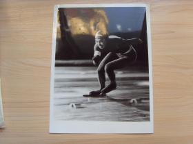 超大尺寸:1983年第五届全国冬季运动会,黑龙江速滑名将曹桂凤,获女子500米、1000米共4块金牌(滑冰运动)