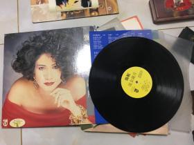 黑胶唱片:甄妮,流金岁月