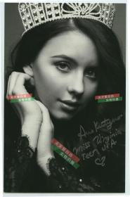 2015年维吉妮亚小姐(青少年)冠军安妮亲笔签名肖像印刷照片。签名保真手写