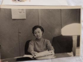 老照片:孙晋芳黑白原版照片(9cm×14cm)