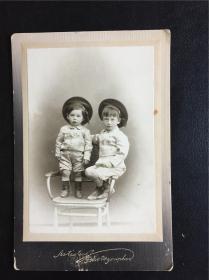 哈尔滨 中东铁路 俄侨 犹太 老照片 民国 满洲国 双胞胎家庭照片