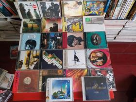 日本二手(中古)CD22张打包出售。风格各异。