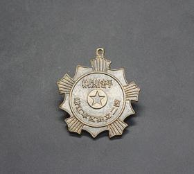 JZ1160红色收藏仿古勋章纪念章射击手勋章