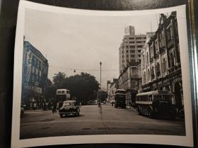 香港五十年代彌敦道單層巴士樂宮戲院老照片一張