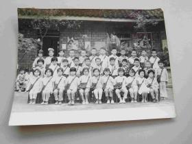 七八十年代小学生集体留影