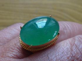 纯天然腾冲翡翠天然A货手箍玉石戒面全绿大戒指难得一见,非常难得,极品,收藏佳品,可遇不可求。