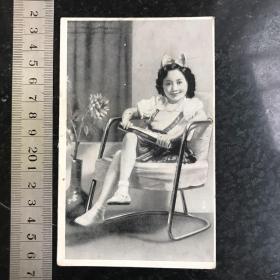 漂亮的小姑娘 民国时期小画片