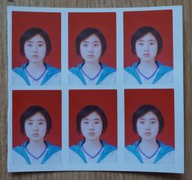 青春美少女彩色1寸照片6连张