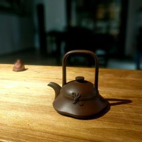 80年代宜兴紫砂厂一厂经典紫砂壶壶草帽提梁壶