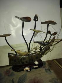 上世纪八九十年代出口创汇产品,纯手工雕刻,工艺品摆件--水牛角雕《大耦群虾》(收藏佳品)
