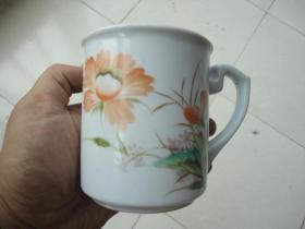 文革大师手绘淄博瓷厂五彩花卉杯