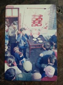 80年代开封民间结婚现场一张