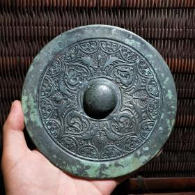 汉代四龙八凤镜收藏级青铜镜变形四叶对凤镜古代艺术收藏品