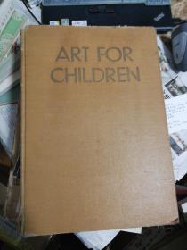 1932年外国出版精装艺术书,题材有动物,航海,少女,儿童等,图极其多,几乎整页图,各国都有,有中国画.美品