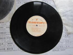 原版朝鲜唱片    2  有塑料外套