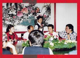 照片---【电视台流出的原版明星老照片:宋祖英、毛宁等歌星】一张。品如图。