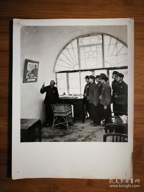 ●陕西延安老照片:毛主席在延安枣园的旧居【尺寸20.5X15.5公分】!