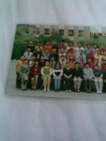 西城区北礼士路二小六年级毕业合影留念(2002年,彩色合影照片)