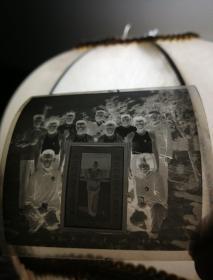 红卫兵文革照(底版)(伟大的中国共产党万岁!伟大的领袖毛主席万岁!)(信念是战胜一切艰难困苦的法宝!)