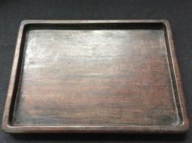 【红木文房方盘】整木料做的。尺寸:32.7×23.6×2.4厘米