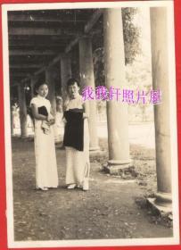 民国老照片:民国旗袍美女,身体修长【陌上花开系列】