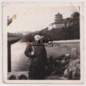 【任6件包邮挂】老照片收藏 军人在万寿山 5.8*5.7cm