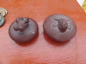 紫砂壶盖二个