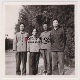 【任6件包邮挂】老照片收藏 4人合影 6*6cm