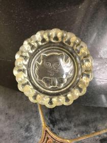 民国满洲国时期玻璃烟灰缸 底部带动物头像