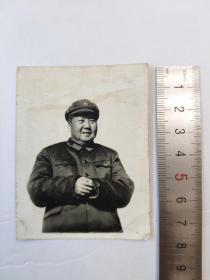 文革71年毛主席冲洗黑白老照片卡片有手写赠言