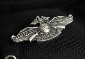 极品顶级美国舰队陆战队徽章金属不掉色可佩带西服上质量上乘堪比原品值得佩戴和收藏