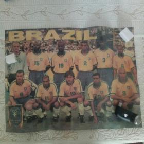 早期4开塑封足球明星画:BRAZlL(非足球杂志海报)上有折痕