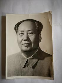 毛主席正面图像照片一张