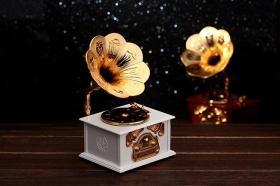 创意留声机音乐盒 复古八音盒 儿童男女生日礼物摆件