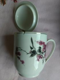 1979年,建成大庆式企业纪念,茶杯